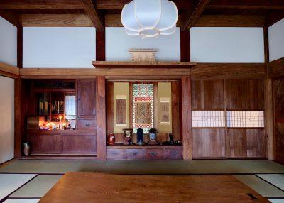 仏壇と床の間の原型の押板